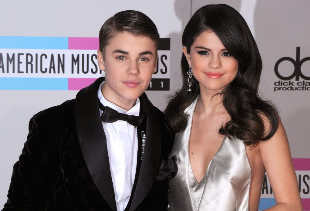 Justin Bieber and Selena Gomez arrive at the 2011 American Music Awards