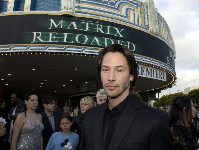 Keanu Reeves Shoots Down This 'Matrix 4' Fan Theory About How Neo Returns