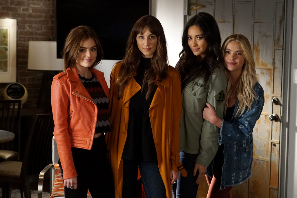 Pretty Little Liars cast members Lucy Hale, Troian Bellisario, Shay Mitchell, and Ashley Benson