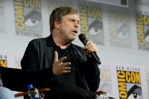 Mark Hamill Just Revealed the Biggest Difference Between 'Star Wars' and 'Star Trek'