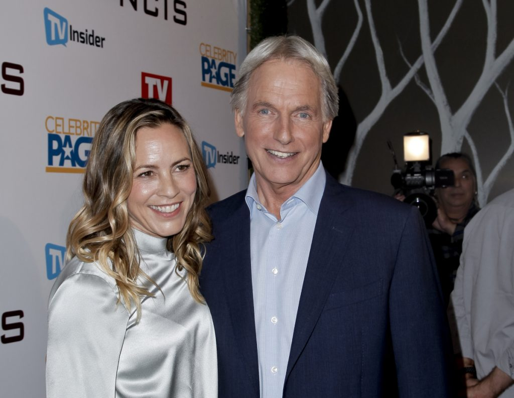 Maria Bello and Mark Harmon