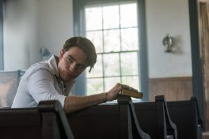Did Robert Pattinson Refuse a Dialect Coach For 'The Devil All The Time'? TikTok Is Having a Field Day With His Southern Accent and 'Delusions'