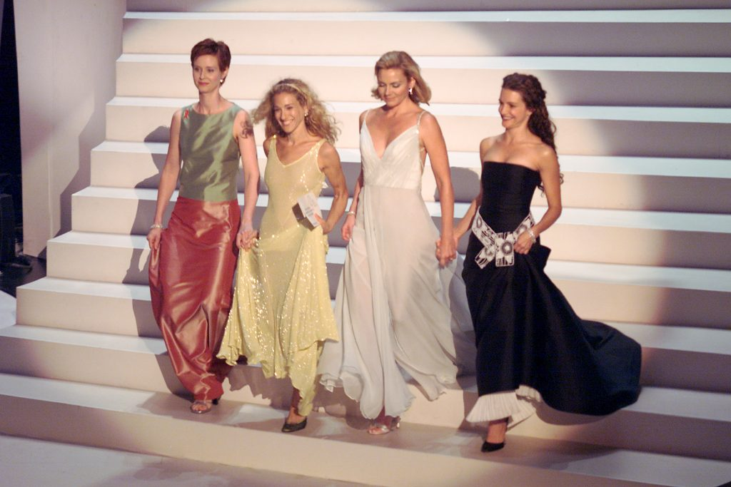 Cynthia Nixon, Sarah Jessica Parker, Kim Cattrall, and Kristin Davis of 'Sex in the City' at the 1999 Emmy Awards