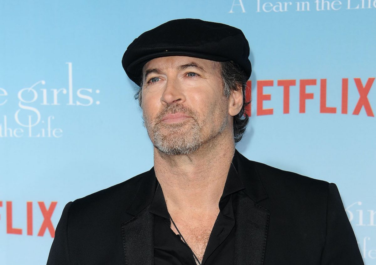 Scott Patterson arrives at the premiere of 'Gilmore Girls A Year in the Life'