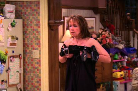 Monica Horan in a scene from 'Everybody Loves Raymond' episode 'Robert Moves Back'