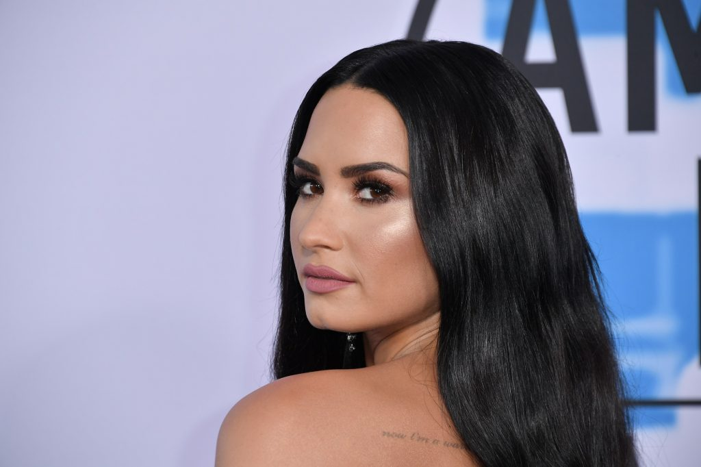 Demi Lovato attends the 2017 American Music Awards on November 19, 2017, in Los Angeles, California.