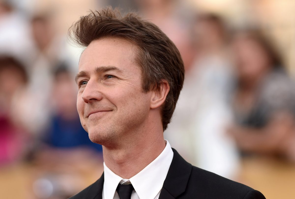 Edward Norton arrives at the 21st Annual Screen Actors Guild Awards at The Shrine Auditorium on January 25, 2015