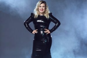 Why Kelly Clarkson Is 'Literally the Same Person' She Was Before 'American Idol'