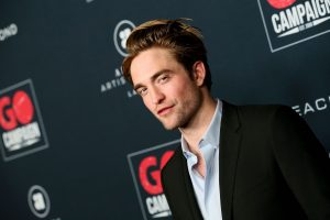 Here's Where That 'Robert Pattinson in a Tracksuit' Photo is From, Because The Meme Is a Real Image of The Actor
