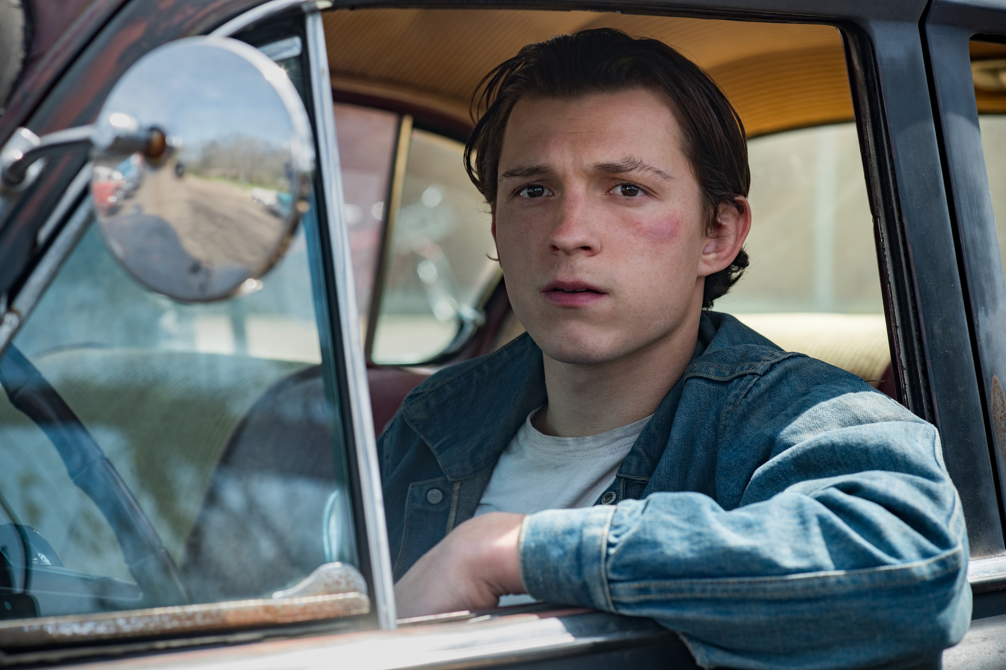 Tom Holland as Arvin Russell in 'The Devil All The Time.'