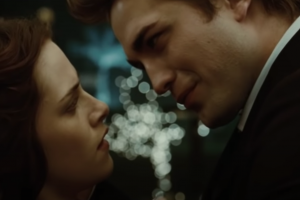1 of The Most Iconic 'Twilight' Songs Made It Into The Film Thanks To Kristen Stewart