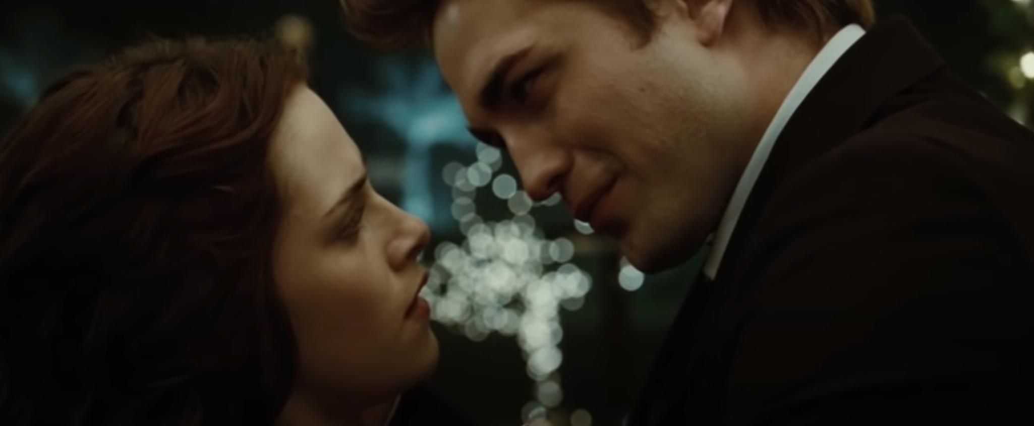 Bella Swan (Kristen Stewart) and Edward Cullen (Robert Pattinson) at prom in 'Twilight'