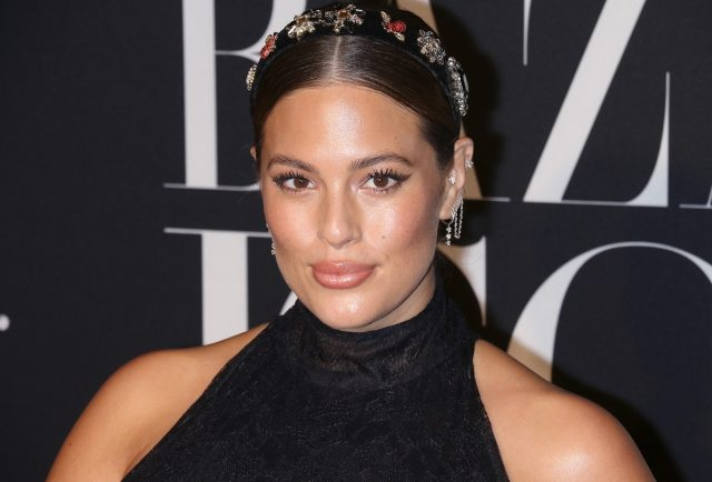 Ashley Graham Just Posted a Nude Selfie That Already Has Over 1 Million Likes