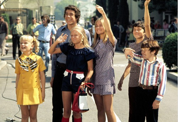 'The Brady Bunch': (l-r) Susan Olsen, Barry Williams, Eve Plumb, Maureen McCormick, Christopher Knight, Mike Lookinland