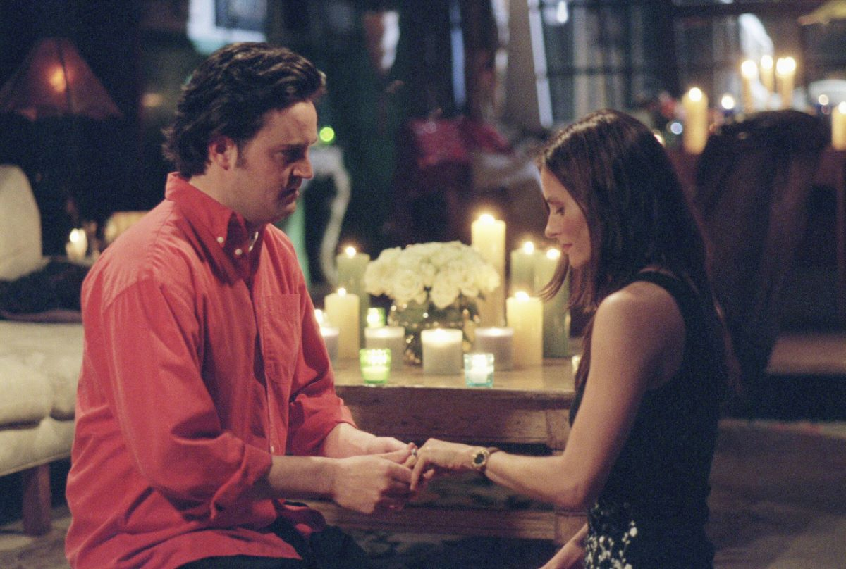 Chandler proposes to Monica