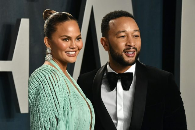 Celebrities Send Love to Chrissy Teigen and John Legend Following Pregnancy Loss