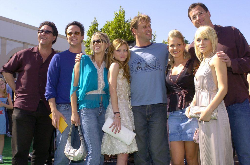 Cast of 'Full House' reunion, Scott Weinger, Jodie Sweetin, Mary-Kate Olsen, Dave Coulier, Candace Cameron Bure, Bob Saget and Ashley Olsen