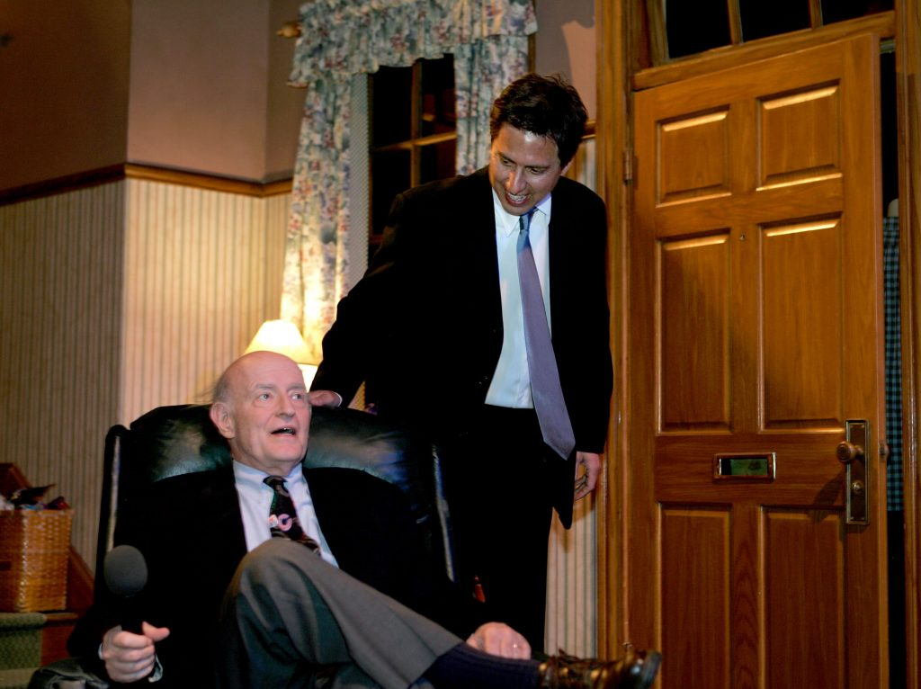 Peter Boyle, seated, with Ray Romano on the set of 'Everybody Loves Raymond'