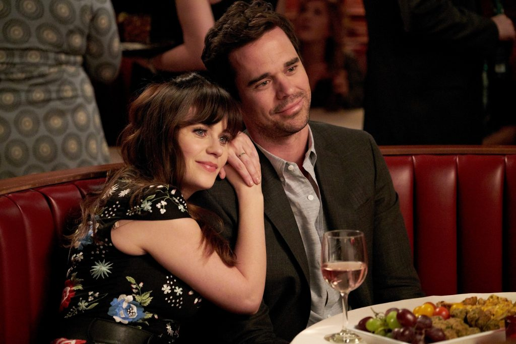 Zooey Deschanel as Jess Day and David Walton as Dr. Sam Sweeney in 'New Girl'