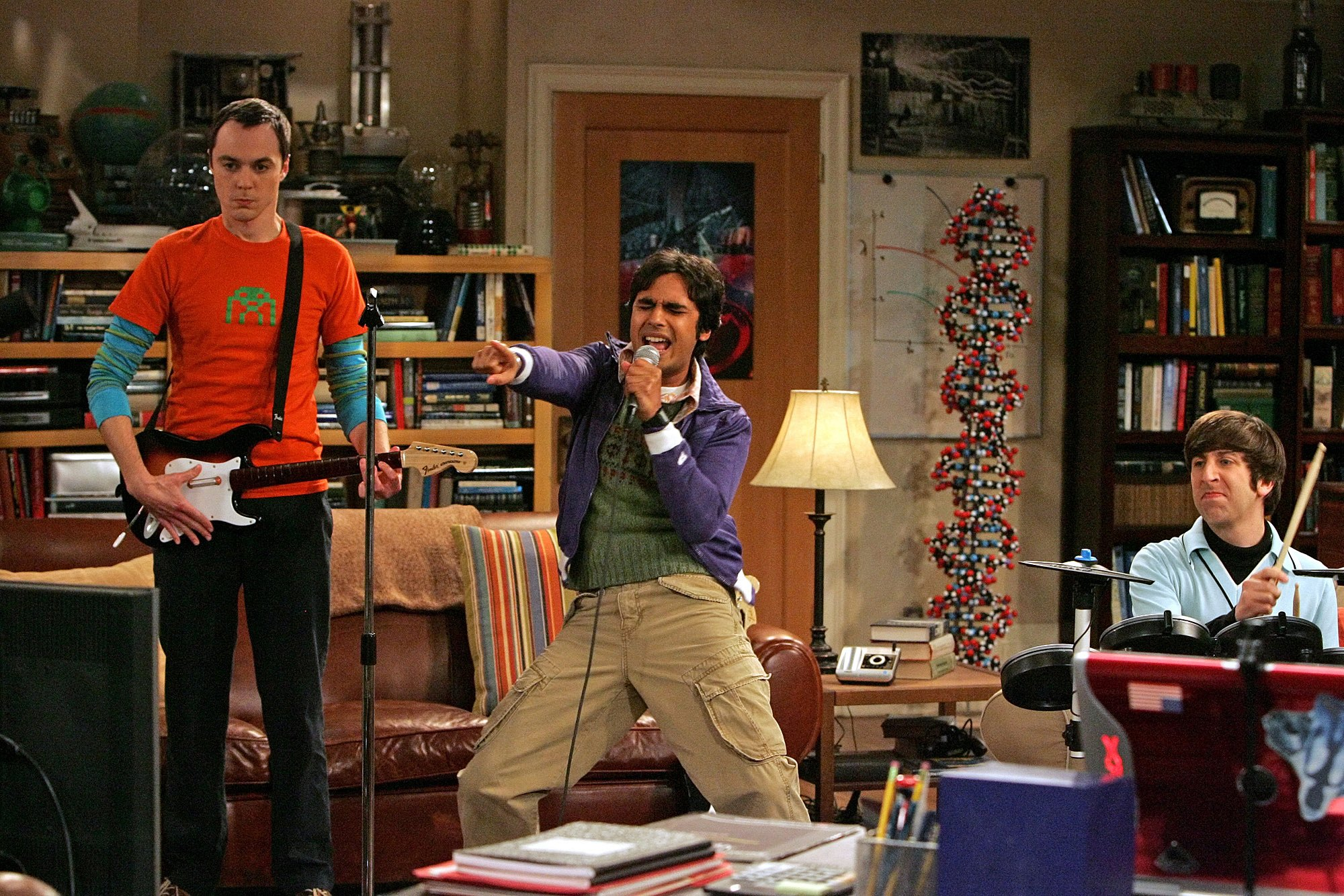 Jim Parsons, Kunal Nayyar, Simon Helberg in 'The Big Bang Theory
