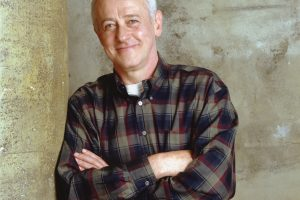 John Mahoney Appeared on 'Cheers' Before Landing The Role of Martin Crane on 'Frasier'
