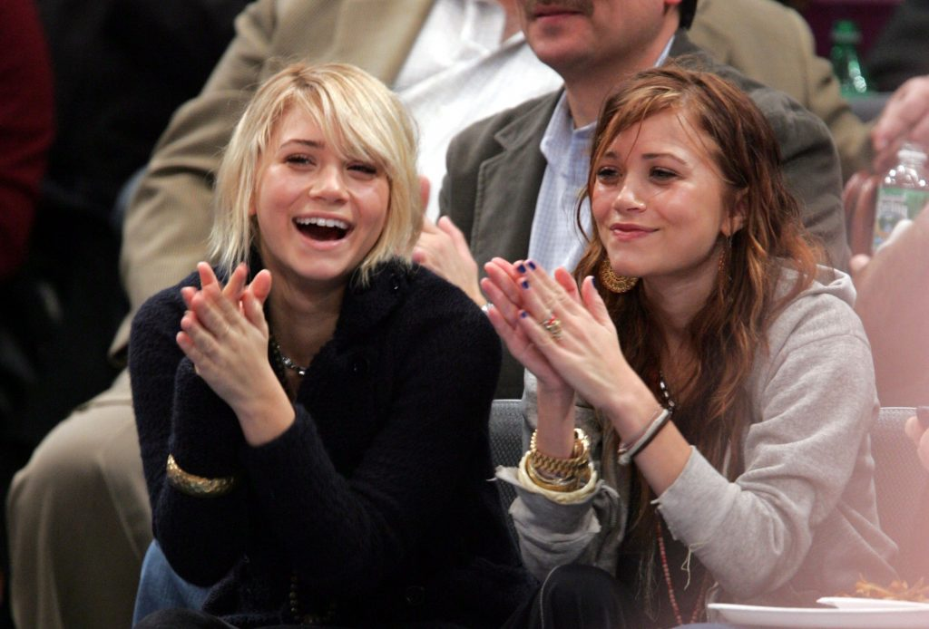 Mary-Kate and Ashley Olsen at a New York Knicks Game