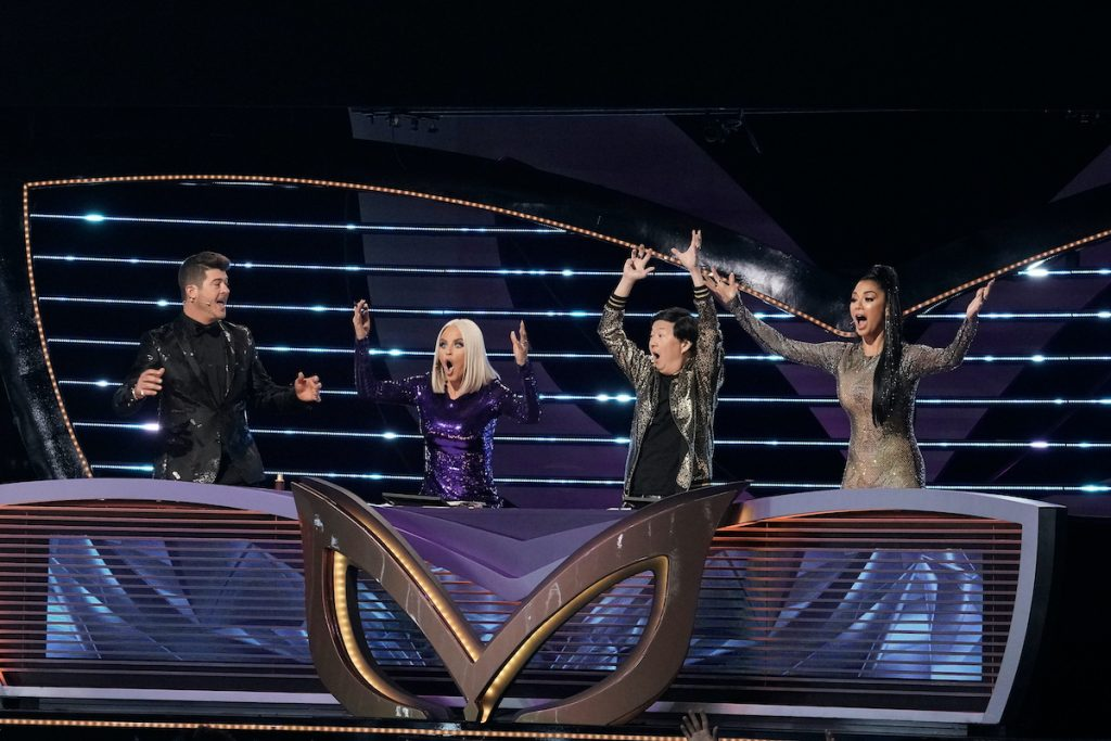 Robin Thicke, Jenny McCarthy, Ken Jeong, and Nicole Scherzinger on 'The Masked Singer'