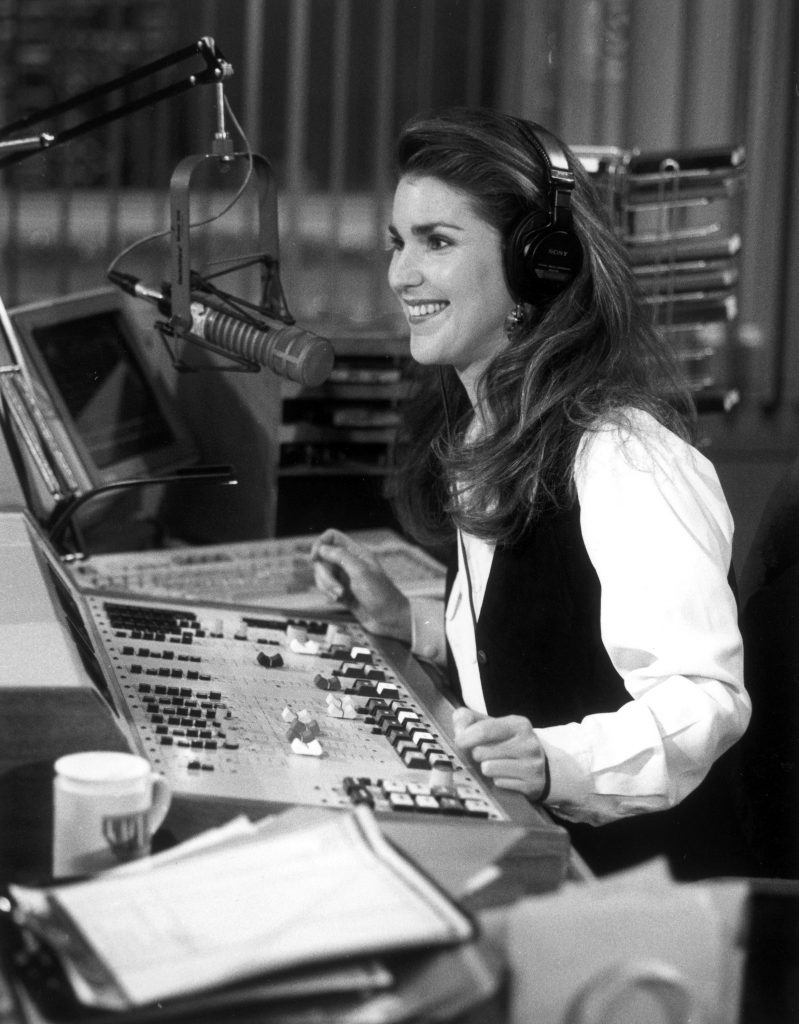 Peri Gilpin in 'Frasier' as Roz Doyle