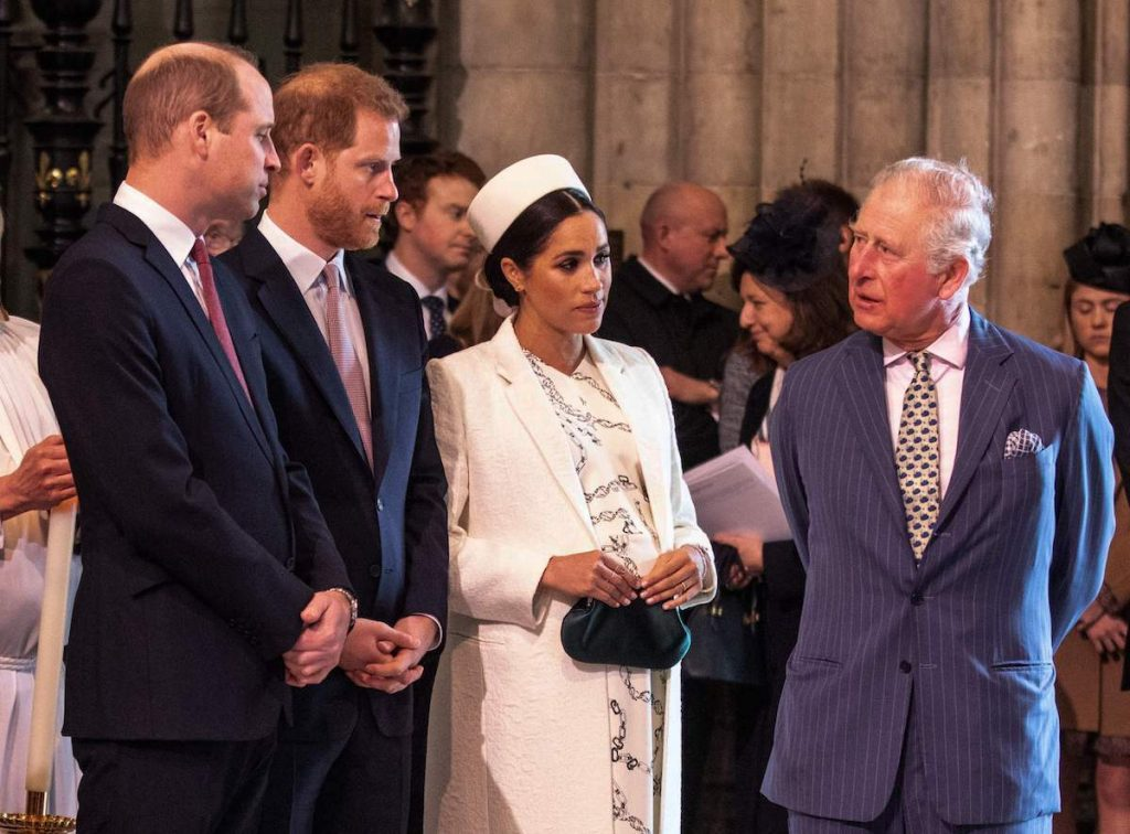 Britain's Meghan, Duchess of Sussex (2R) talks with Britain's Prince Charles, Prince of Wales (R) as Britain's Prince William, Duke of Cambridge, (L) talks with Britain's Prince Harry, Duke of Sussex, (2L) as they all attend the Commonwealth Day service at Westminster Abbey in London on March 11, 2019. - Britain's Queen Elizabeth II has been the Head of the Commonwealth throughout her reign. Organised by the Royal Commonwealth Society, the Service is the largest annual inter-faith gathering in the United Kingdom.