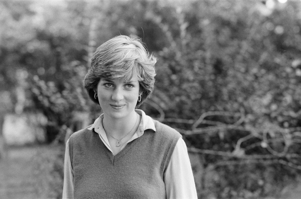 princess diana s mother wasn t cut out for maternity says charles spencer says charles spencer
