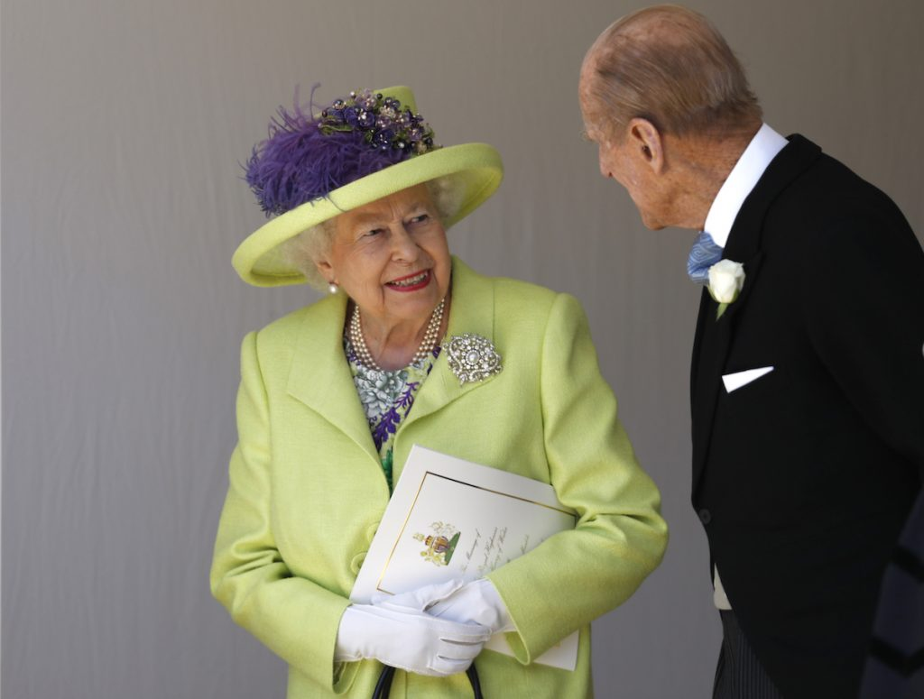 Philip and the queen chat after Harry and Meghan's wedding in 2018
