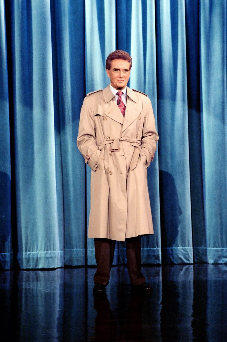 Robert Stack, the host of 'Unsolved Mysteries' appearin gon 'The Tonight Show with Jay Leno' in 1993