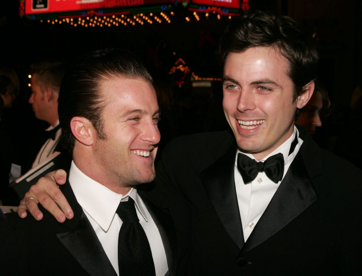 Scott Caan and Casey Affleck at the premiere of 'Ocean's 12'