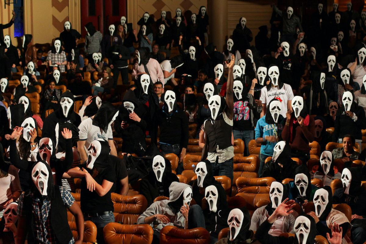 Fans at the 'Scream 4' Paris premiere