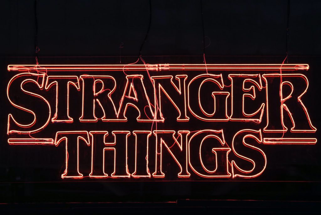 "Television series logo ""Stranger Things"""