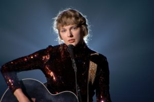Taylor Swift Loves the Idea of Making 'The Last Great American Dynasty' a Movie