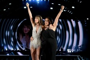 'Law & Order: SVU:' Mariska Hargitay on the Sweet Way Taylor Swift Became Her Friend