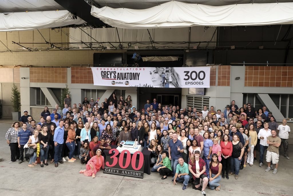 The cast and crew of 'Grey's Anatomy' for the 300th episode