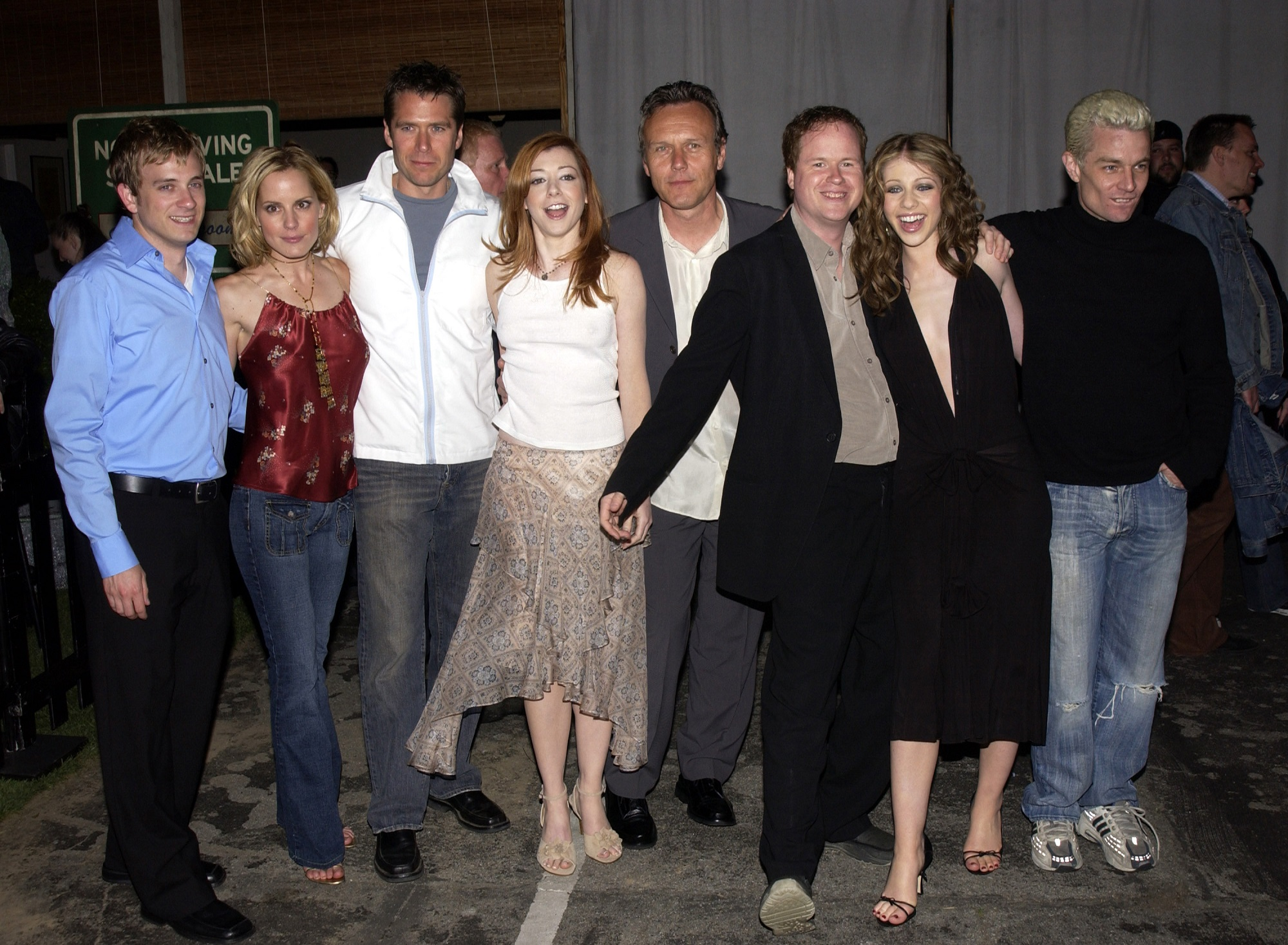 Tom Lenk, Emma Caulfield, Alexis Denisof, Alyson Hannigan, Anthony Stewart Head, Joss Whedon, Michelle Trachtenberg, and James Marsters of Buffy the Vampire Slayer