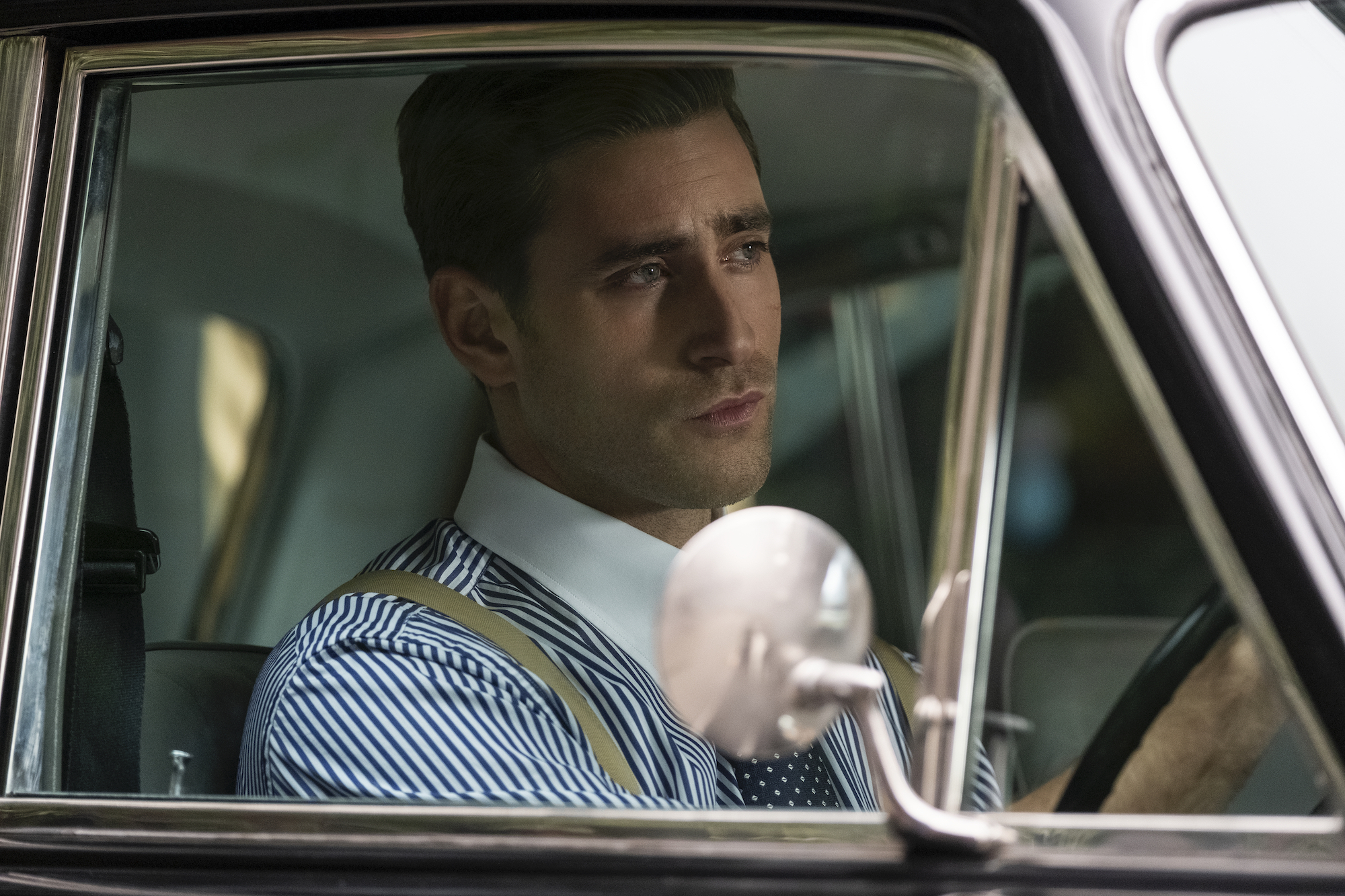 Oliver Jackson-Cohen as Peter Quint in 'THE HAUNTING OF BLY MANOR.'