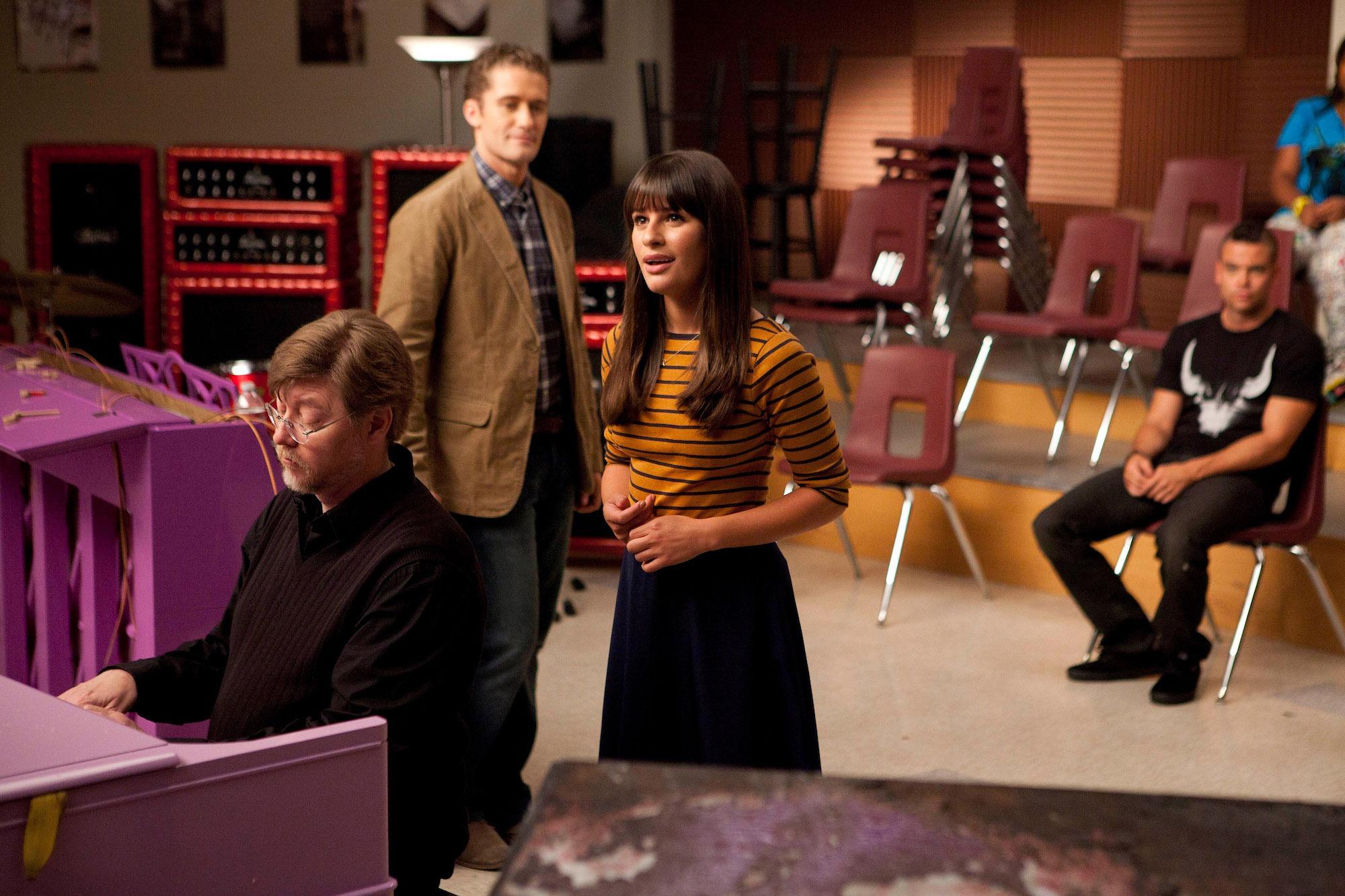 """Rachel (Lea Michele) performs in """"The Purple Piano Project"""", the Season 3 premiere"""