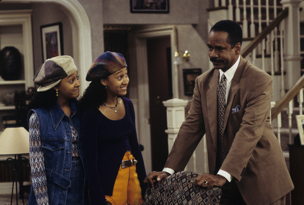 Tamera Mowry, Tia Mowry, and Tim Reid on 'Sister, Sister'