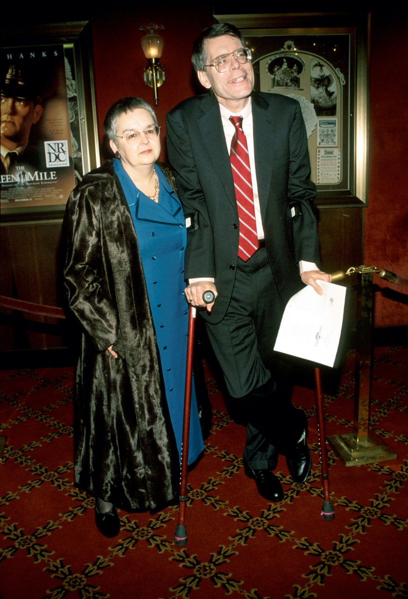 Stephen King and Tabitha King at the film premiere of The Green Mile