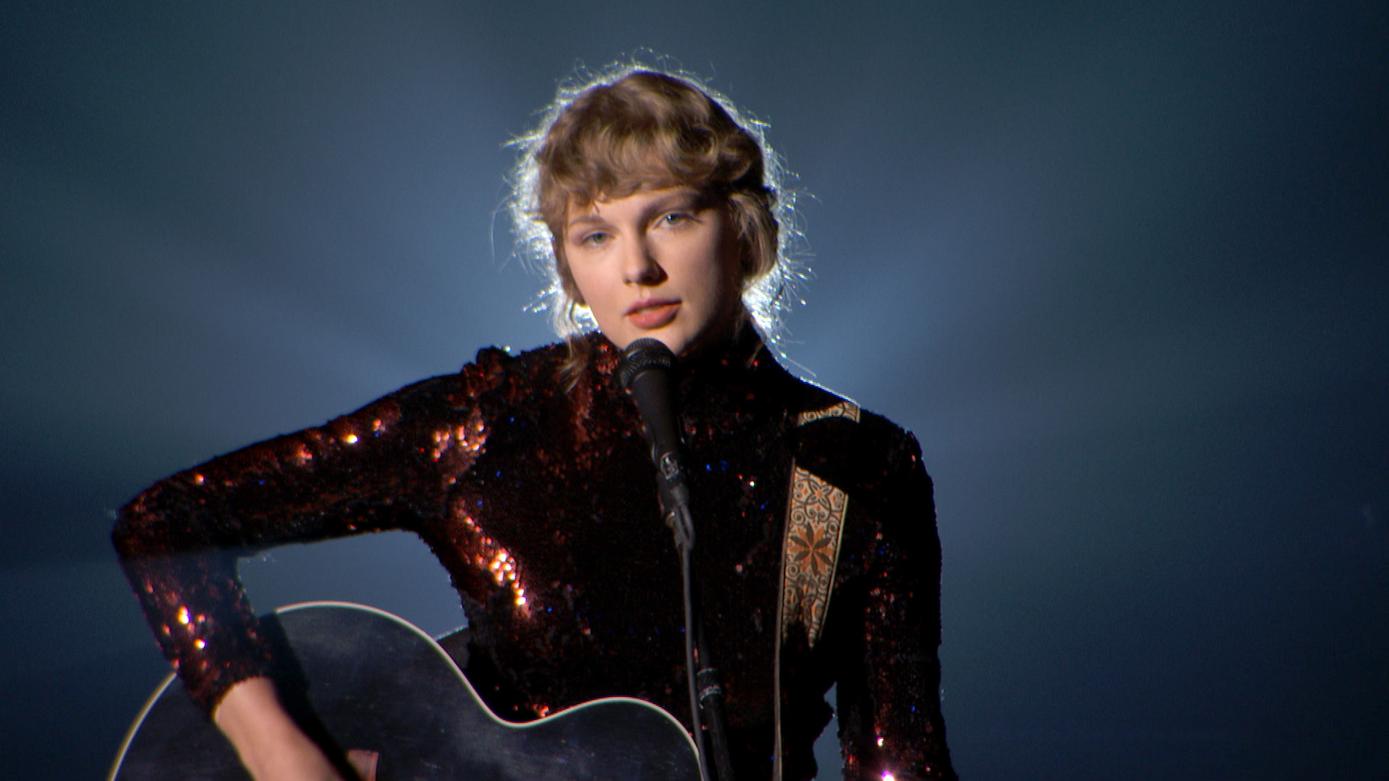Taylor Swift performing at the 55th Academy of Country Music Awards on Sept. 16, 2020.
