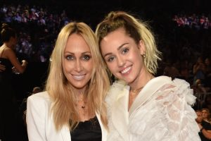 Miley Cyrus Looks up To Her Mom, Tish Cyrus, for 1 Sweet Reason: 'I Totally Worship Her'