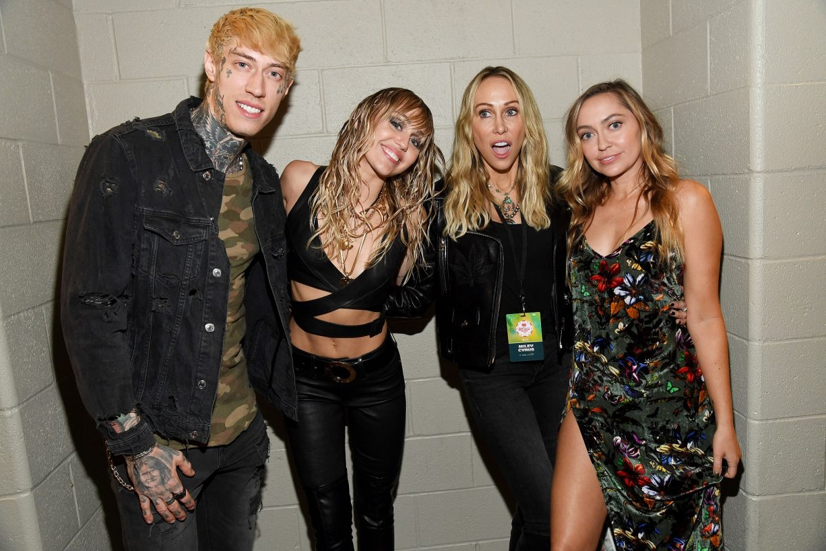 (L-R) Trace Cyrus, Miley Cyrus, Tish Cyrus, and Brandi Cyrus pose backstage during the 2019 iHeartRadio Music Festival on September 21, 2019, in Las Vegas, Nevada.
