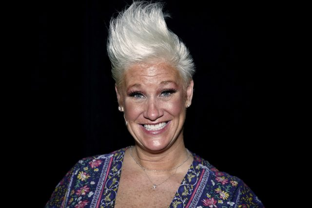 Food Network Star Anne Burrell Dishes on Wedding Plans, Cheesy Recipes, and  'Worst Cooks in America' Season 21
