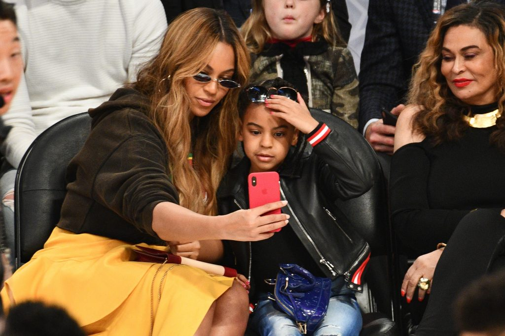 Beyoncé and Blue Ivy Carter attend The 67th NBA All-Star Game: Team LeBron Vs. Team Stephen