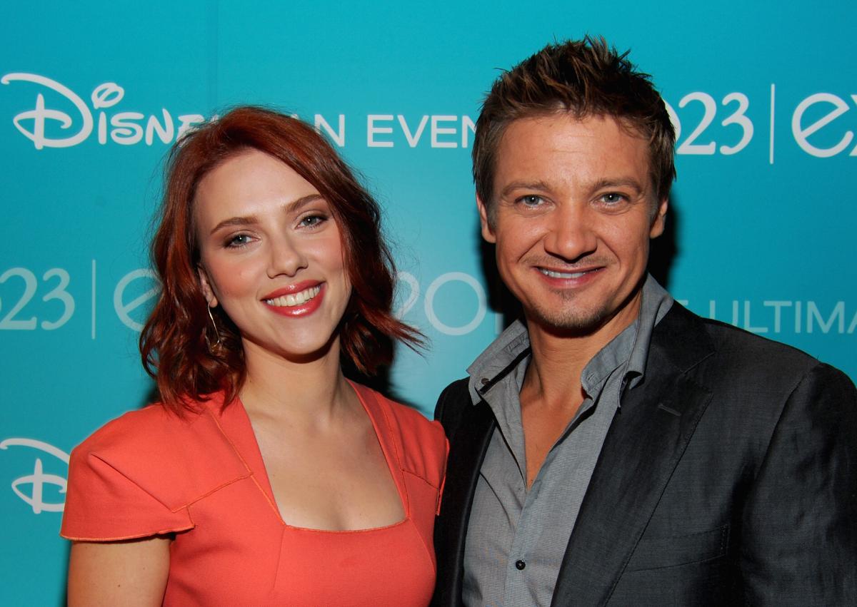 Black Widow Scarlett Johansson Jeremy Renner