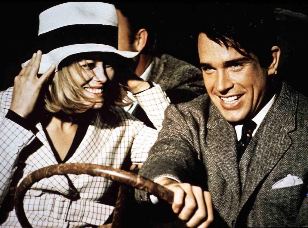Faye Dunaway and Warren Beatty in 1967's 'Bonnie and Clyde' | FilmPublicityArchive/United Archives via Getty Images
